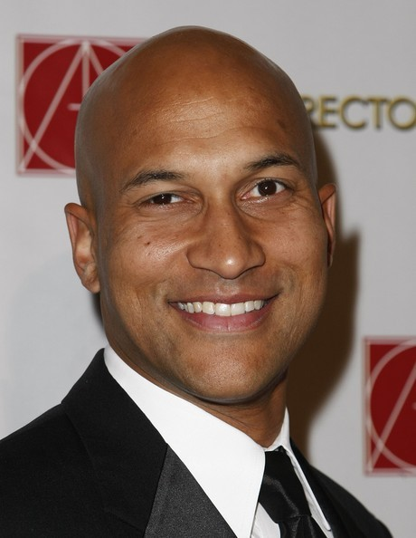 The 46-year old son of father Carrie Herr and mother Patricia Walsh, 189 cm tall Keegan-Michael Key in 2017 photo