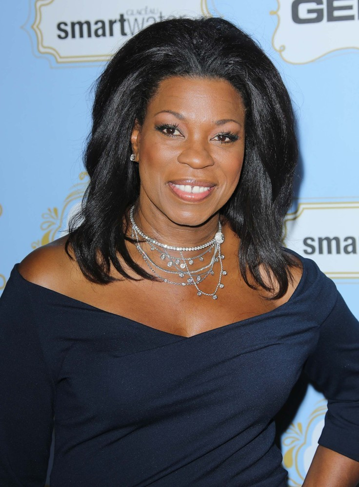 The 57-year old daughter of father (?) and mother Janet Beane, 169 cm tall Lorraine Toussaint in 2017 photo