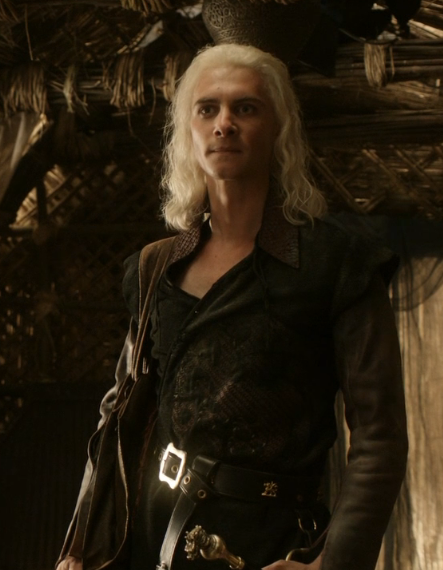 image viserys costume game of thrones wiki wikia. Black Bedroom Furniture Sets. Home Design Ideas