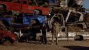 1x07 - A No-Rough-Stuff-Type Deal 3.png