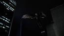Legends of Today - Kendra volando tras conseguir emerger.png