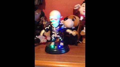 Gemmy Grave Ravers-Livin La vida Loca Skeleton