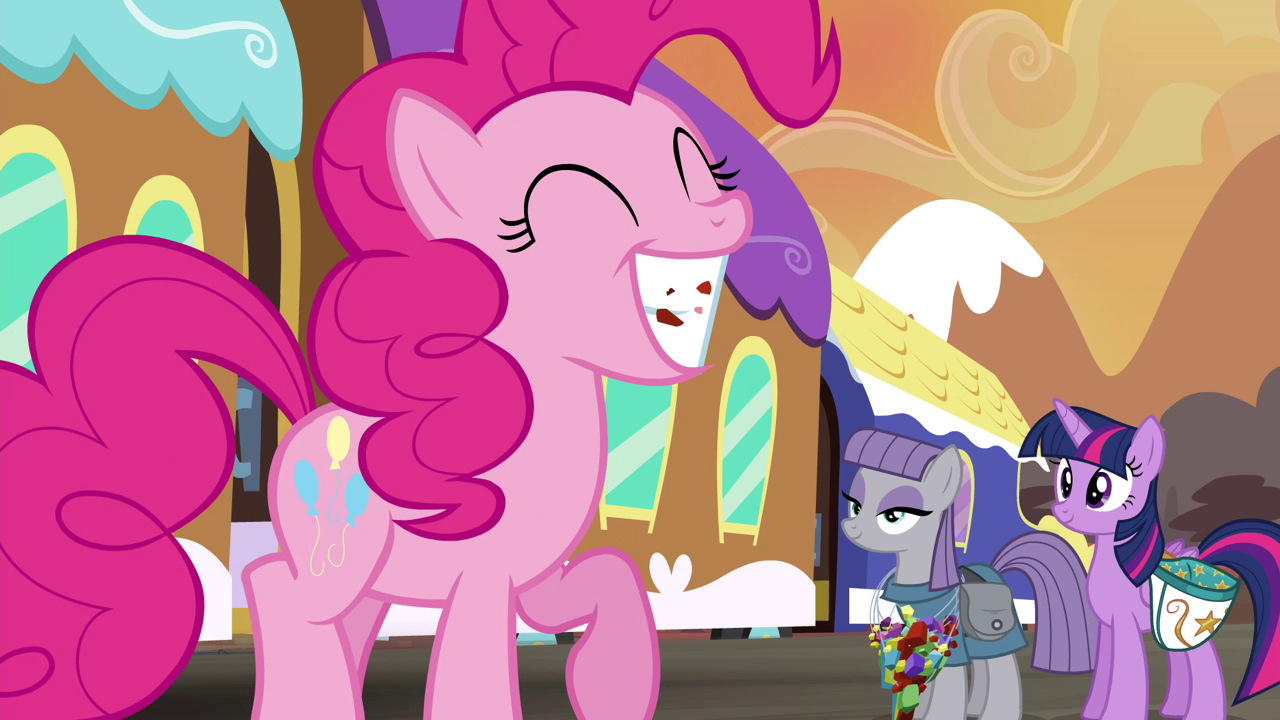 Twilight_and_Maud_smiling_at_Pinkie_S4E18.png